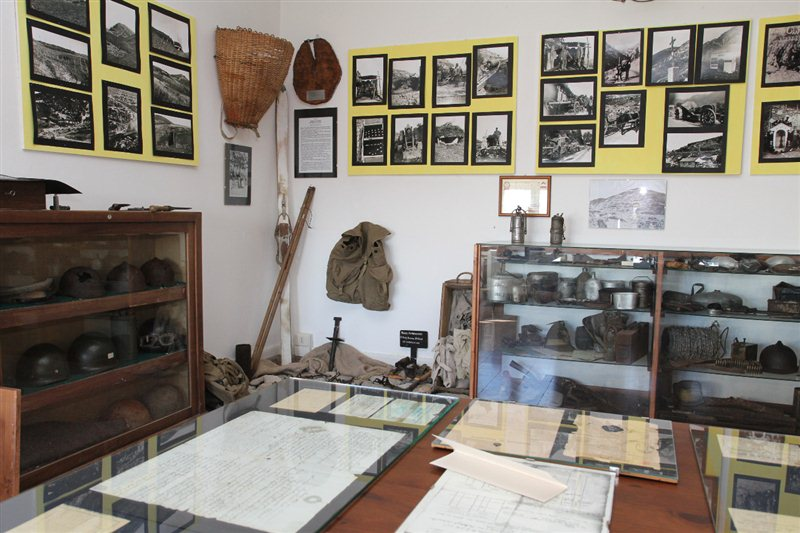 Museo casa rurale di drenchia for Piani di casa rurale