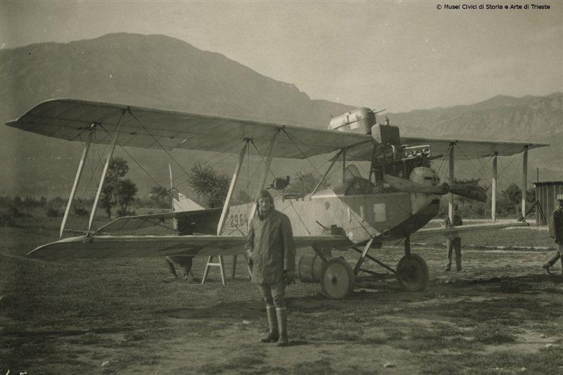 La comparsa degli aerei nella prima guerra mondiale for Cane nella cabina dell aereo